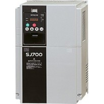 Frekvenční měnič SJ700D-015HFEF3, 1,5kW, 400V, 3,8A, 3fáze, IP20
